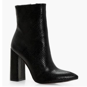Boohoo Faux Black Snake skin Heeled booties